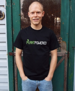 Plant Powered T-shirt - Men's small